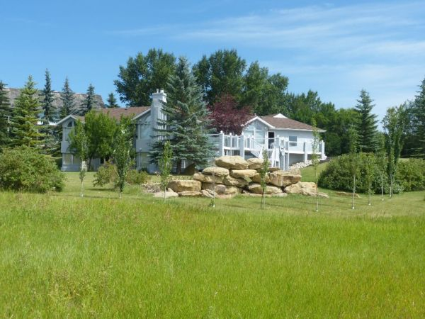 254009 Bearspaw RD, Rocky View County for sale