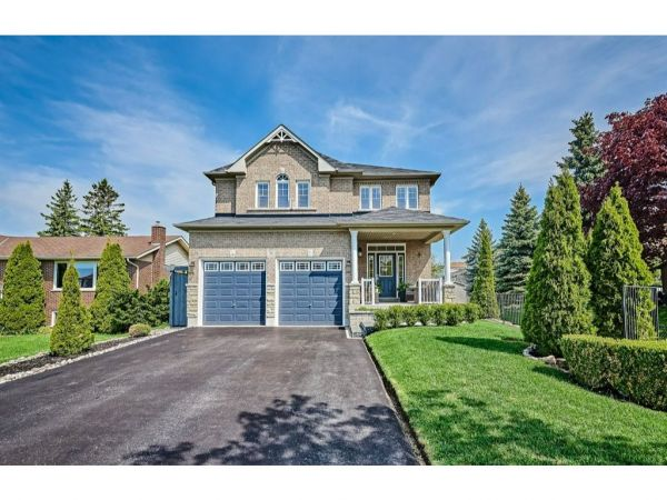 32 Oke Road, Courtice for sale
